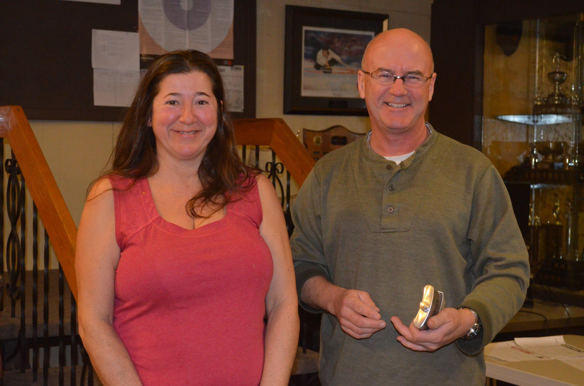 B Division Winner - Robin Keith, Rhonda Perry, Jeff Morris, Kerry Lee Morris-Cormier and spares